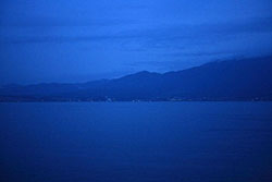 The world turns blue at Lake Biwa in Shiga Prefecture